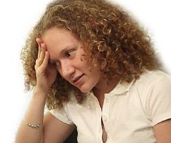 fáradt, stresszes, kimerült nő